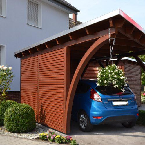Carport und Abstellraum in Langenberg