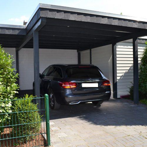 Flachdachcarport mit Abstellraum in Halle