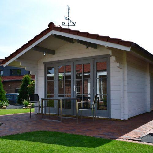 Gartenhaus mit Abstellraum aus 70mm Blockbohlen in Langenberg