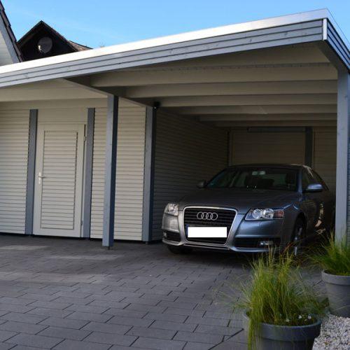 Einzelcarport mit Abstellraum und Rhombusprofil in Steinhagen