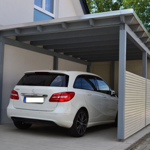 Flachdachcarport mit Abstellraum in Bad Lippspringe