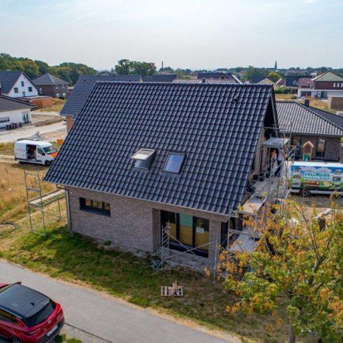 Holzrahmenbau mit Klinkerfassade als EnEv in Lagenberg