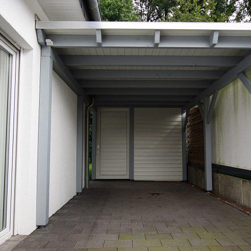 Flachdachcarport mit Abstellraum in Ummeln