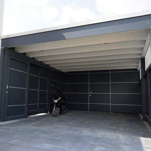 Flachdachcarport mit Abstellraum und HPL Platten in Halle