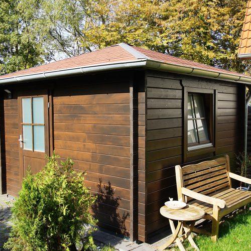 Gartenhaus aus 45mm BB mit Pyramidendach in Wiedenbrück