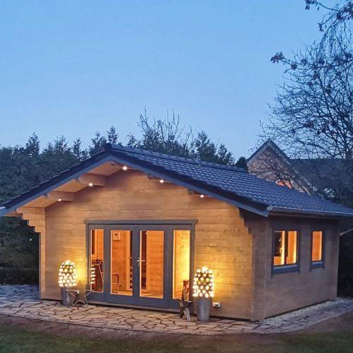 Gartenhaus mit eingearbeiteter Sauna