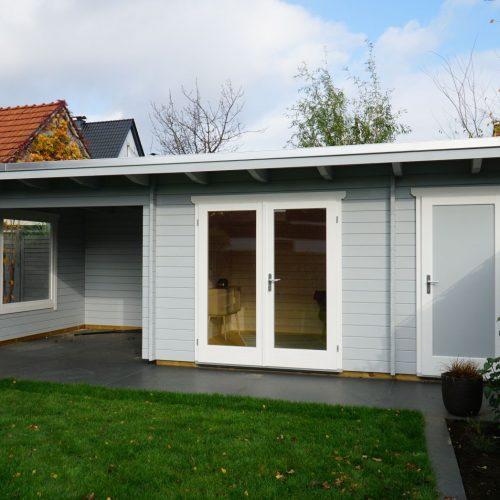 Pultdachgartenhaus mit Abstellraum und Freisitz aus 45mm BB